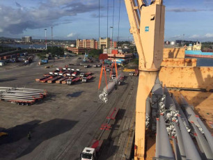 Mombasa Port - offloading of turbines 1