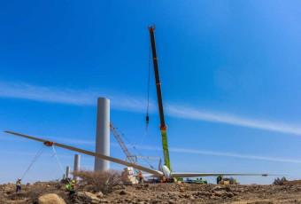 Wind turbine installation works 1